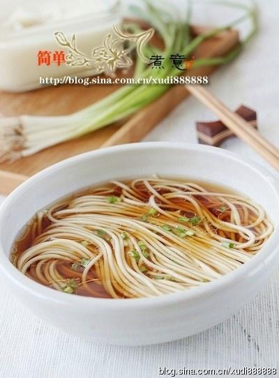 The practice of authentic noodles in a simple sauce, how is the most authentic practice solution _ done delicious