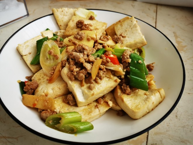 The green that exceeds go with rice explodes the practice of ground meat bean curd